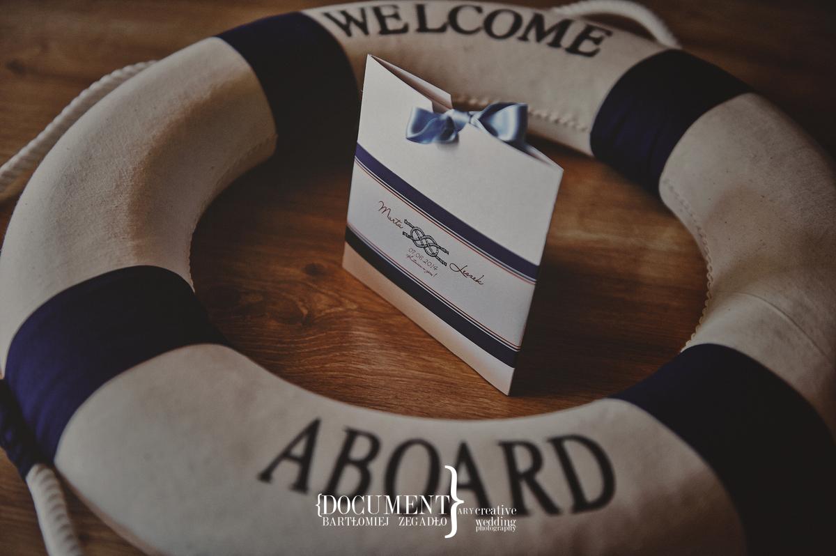 ślub w marynarskim stylu - fotografia 0007